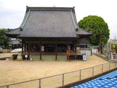 西大寺観音院の本堂
